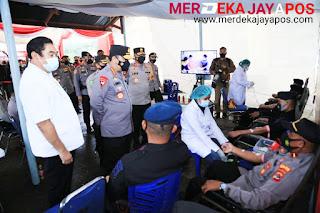 Selain Tinjau Vaksinasi di Polda NTT, Kapolri Juga Saksikan Langsung Donor Plasma Konvalesen