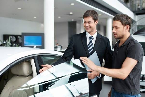 Buying a Used Luxury Car? Some Crucial Factors to Consider