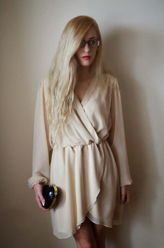 NUDE WRAP DRESS, HEART SHAPED CLUTCH & GOLD WATCH