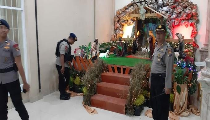 Polres Serang Kota Bersama Tim Jibom Brimobda Banten Lakukan Sterilisasi di Gereja GKR