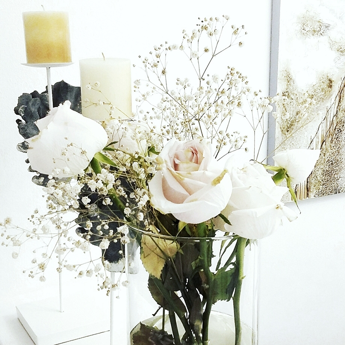 Jelena Zivanovic Instagram.Glam fab week.Beautiful white roses.Bele ruze.