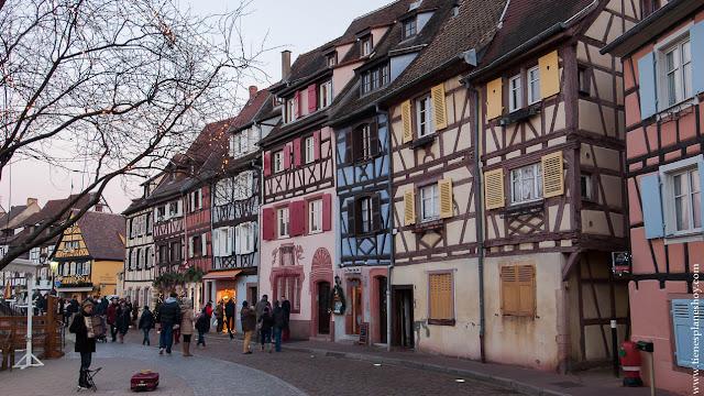 Colmar pueblos cuento Alsacia viajar