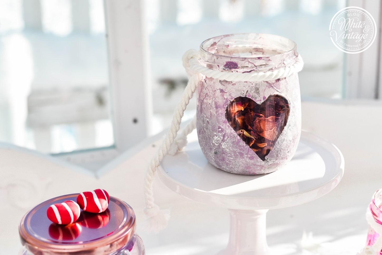 Marmeladenglas mit Nagellack marmorieren als Geschenk für den Valentinstag