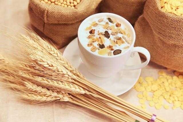 Makanan Sehat yakni Makanan yang bermanfaat bagi tubuh dan mengandung gizi yang dibutuhk 18 Makanan Sehat Yang Mengandung Antioksidan Tinggi