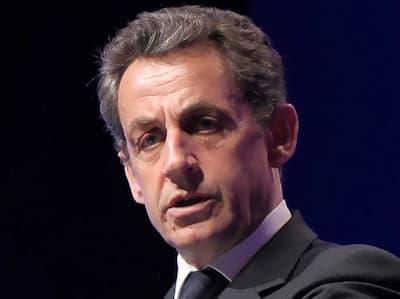 فرنسا... إدانة الرئيس الفرنسي الأسبق نيكولا ساركوزي بثلاث سنوات سجناً بتهم الفساد
