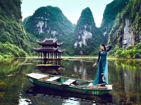 Chia sẻ kinh nghiệm du lịch Tràng An Ninh Bình 6