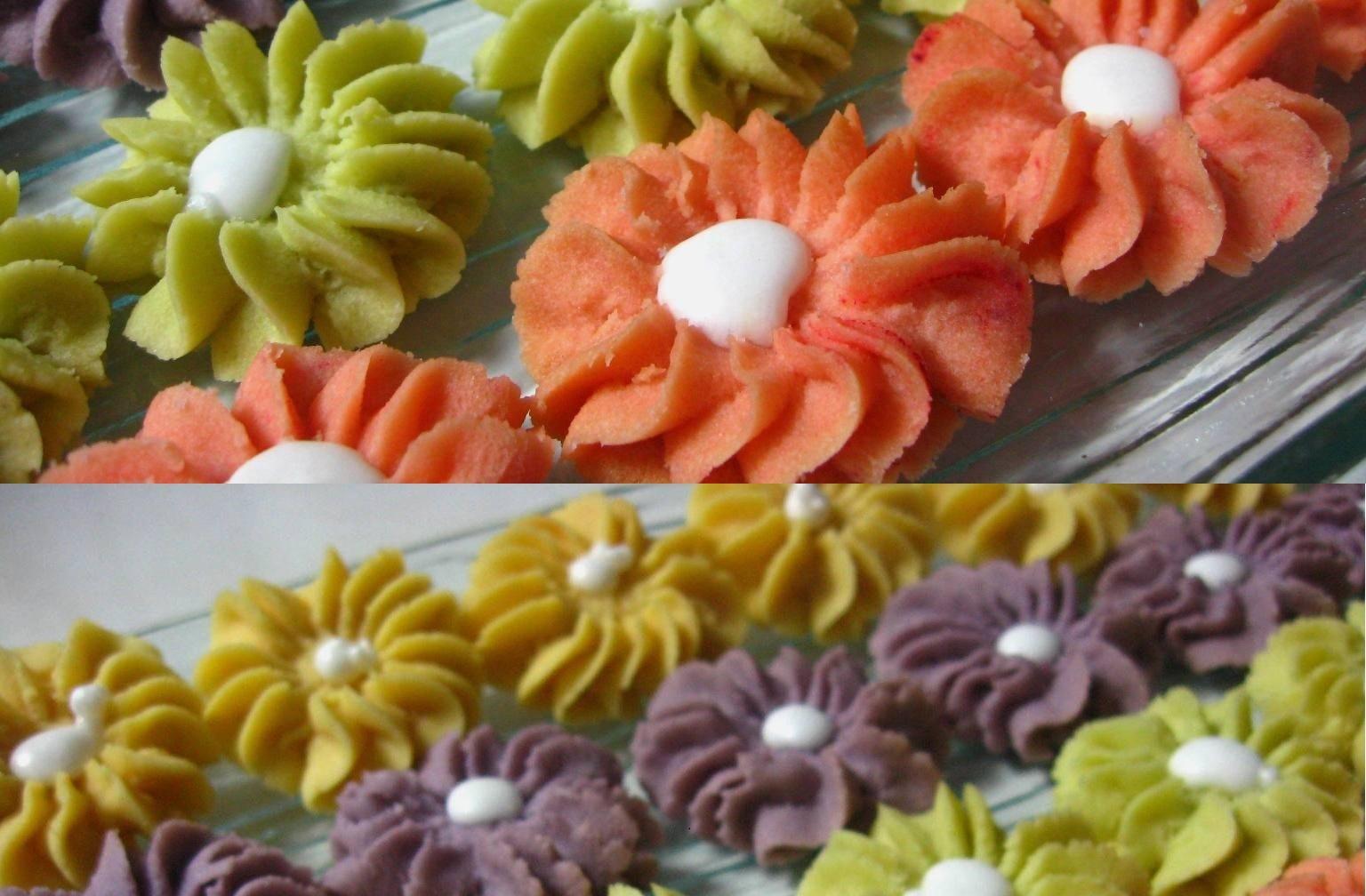 Cara Membuat Kue Semprit Mawar