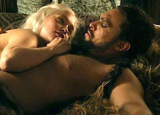 Emilia Clarke gets annyed about sex on game of thrones