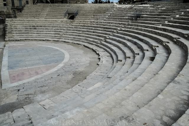 Ruinas del teatro romano de Arelate, Arles
