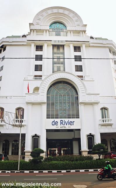 Hotel-de-Rivier-Yakarta