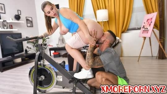 Taylee Wood in Cheating Wifes Big Tits Workout - Reality Kings