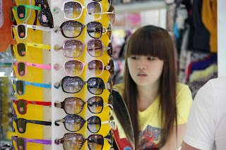 Glasses and accessories. Shopping in Ho Chi Minh