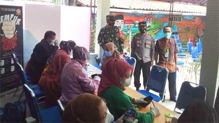 Polres Purworejo Gelar Vaksin Merdeka Candi Tahap II di Krandegan