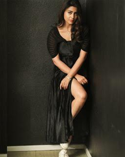 shriya saran Bold