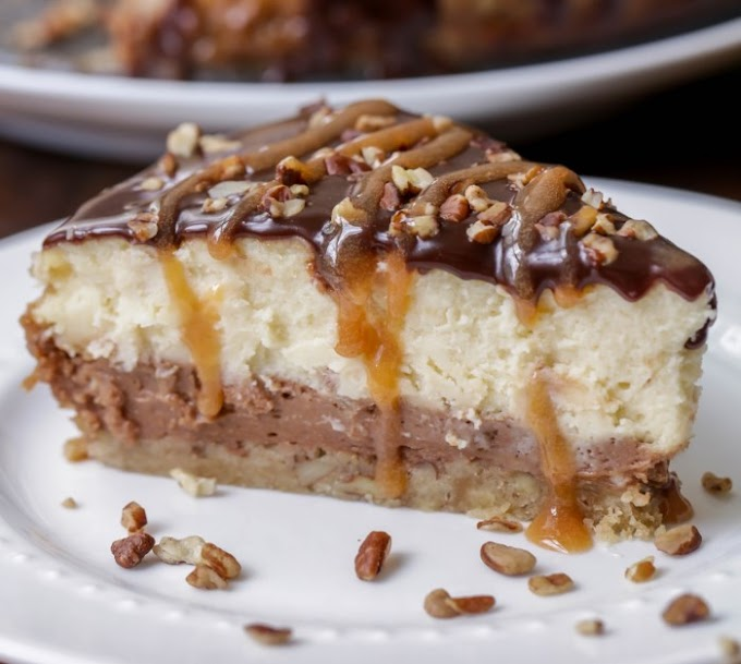 Turtle Cheesecake #desserts #cheesecake