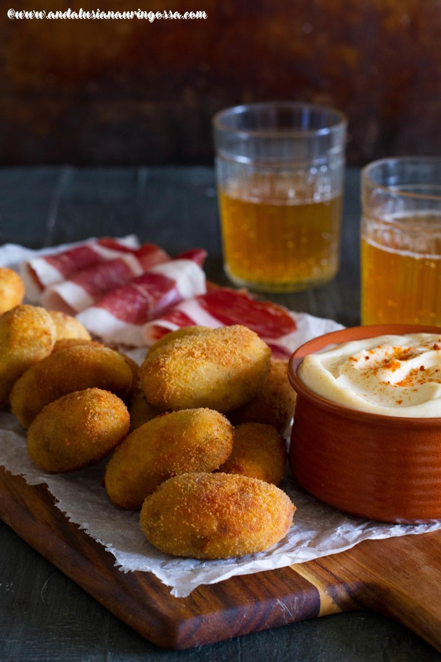 Andalusian auringossa_kulinaristiretkia Jerezista Jerusalemiin_croquetas