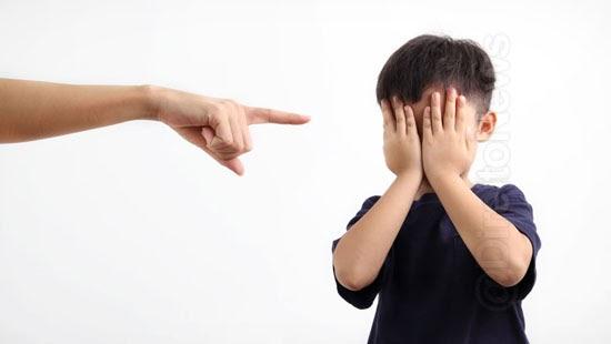 mulheres indenizacao xingar crianca 8 anos