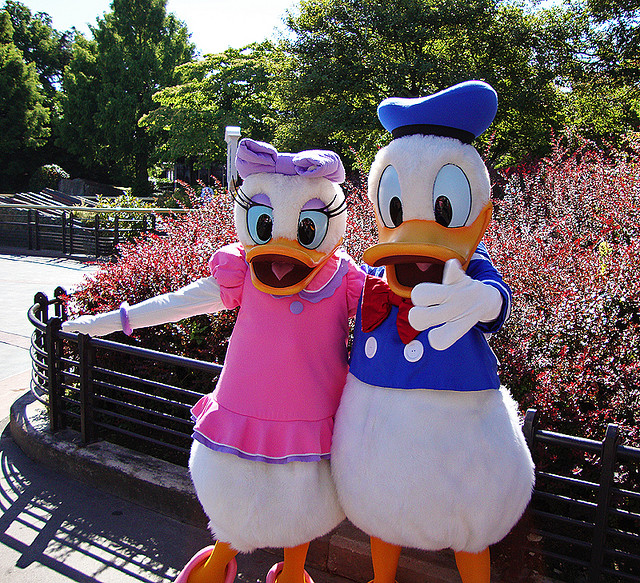 Disney Entertainment History: Character Evolution - Donald ...