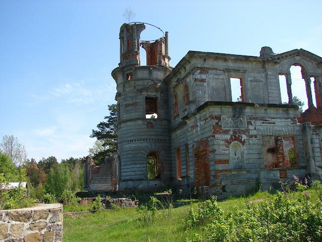 Село Дениши, развалины усадьбы Терещенко