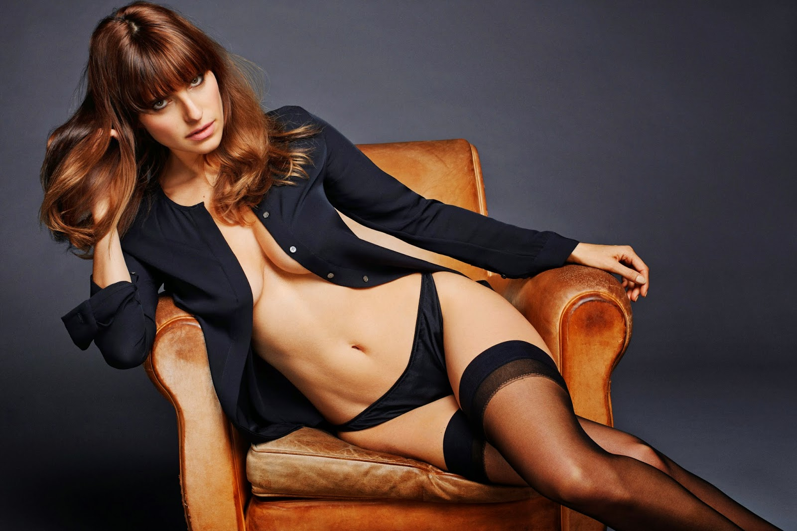 pictures Lake Bell leaks