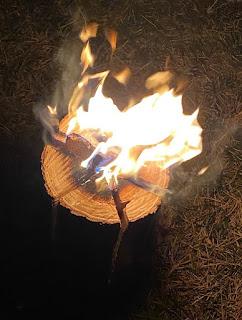 スウェディッシュトーチ 燃え方