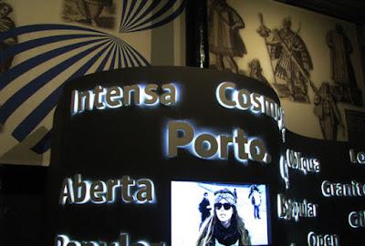 painel luminoso do Centro Interpretativo dos Descobrimentos na Casa do Infante