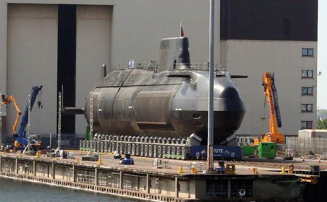 Submarino británico de la clase Astute. Foto - Royal Navy.