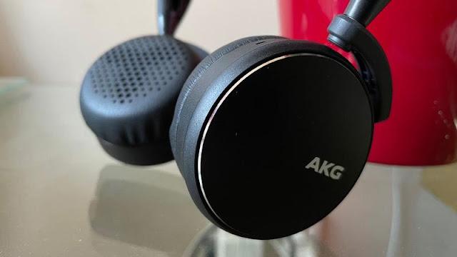 AKG Y400 Review