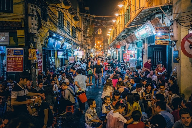 6 Reasons To Love Hanoi's Old Quarter Right From The First Meeting 3
