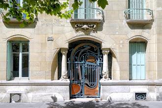 Paris : Castel Béranger, la gloire d'Hector Guimard, l'architecture Art Nouveau des beaux quartiers - XVIème
