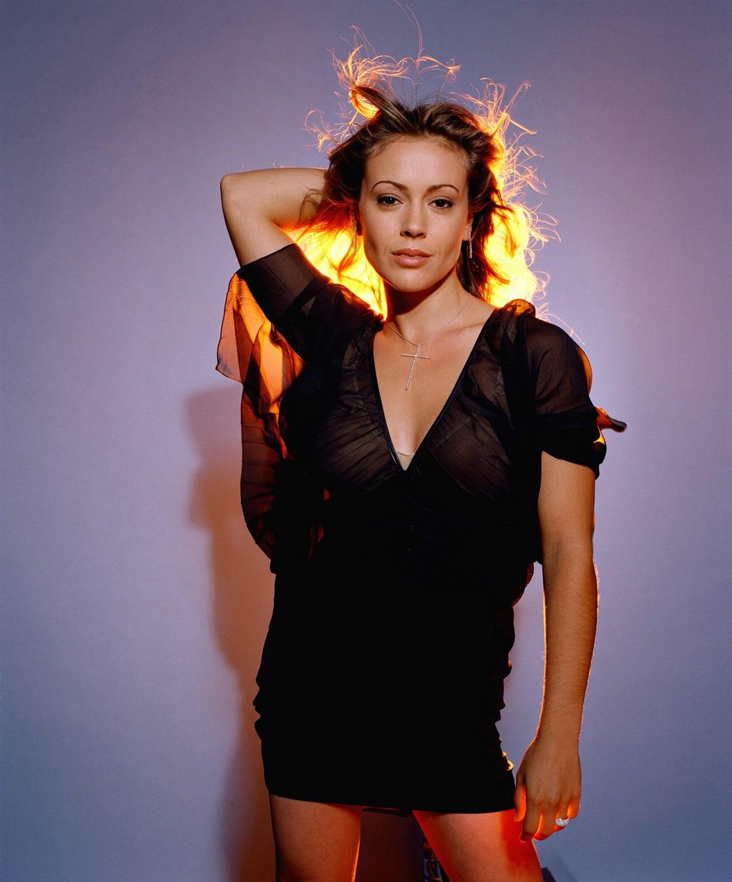 Hollywood Actress Alyssa Milano Hot Photo Gallery  Hot Celebrity -9578