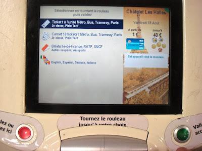 Máquina auto atendimento metrô Paris