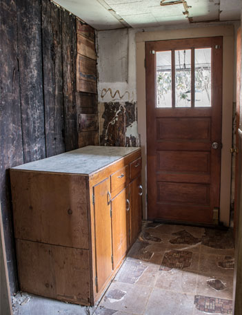 Fixer upper entryway