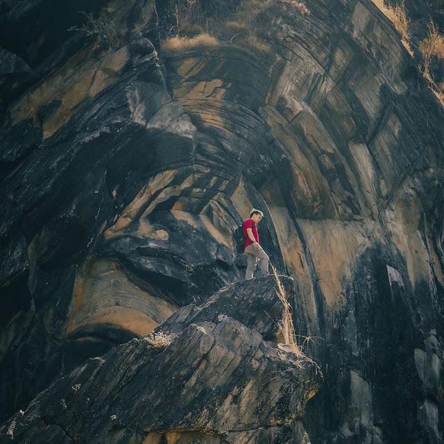 Wisata Batu Lawang Cilegon Cirebon