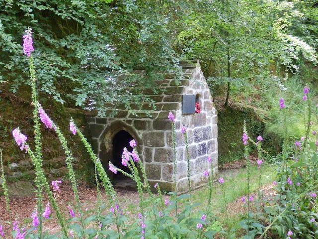 Menacuddle chapel