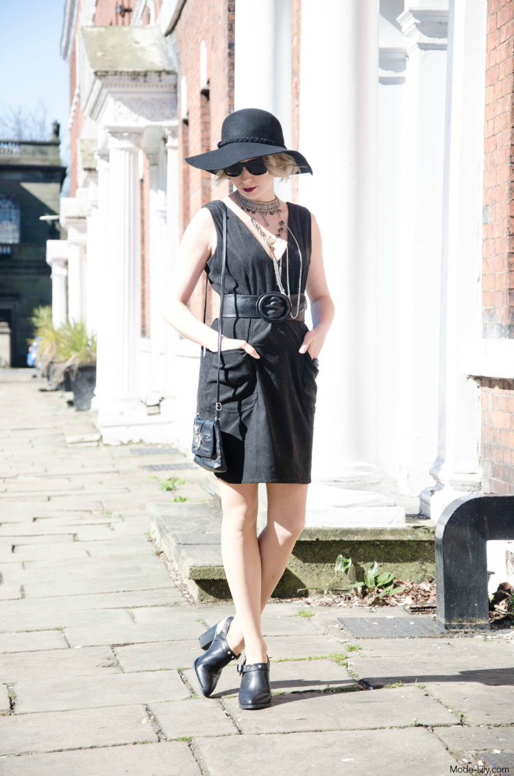 Outfit Post: Boohoo Black Suede Dress