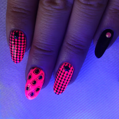 Black Light Nails