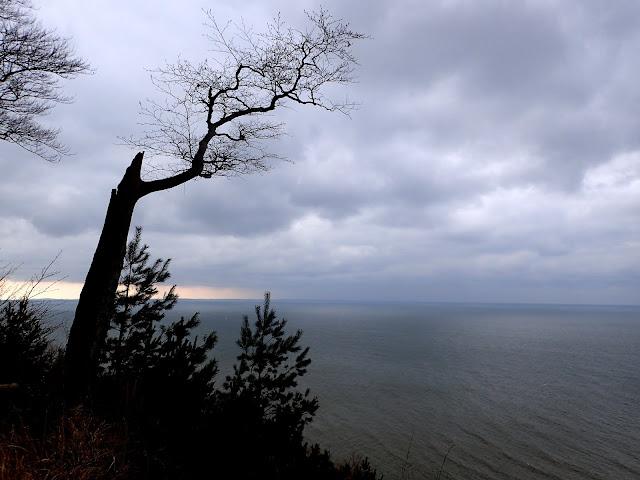 Gosań nie oferuje szczególnych panoram, poza tym, że widać morze