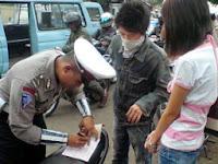 4 Cara Ampuh Agar Tidak Ditilang Polisi