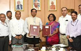 DIC and ICAR Entered into MoU Agreement