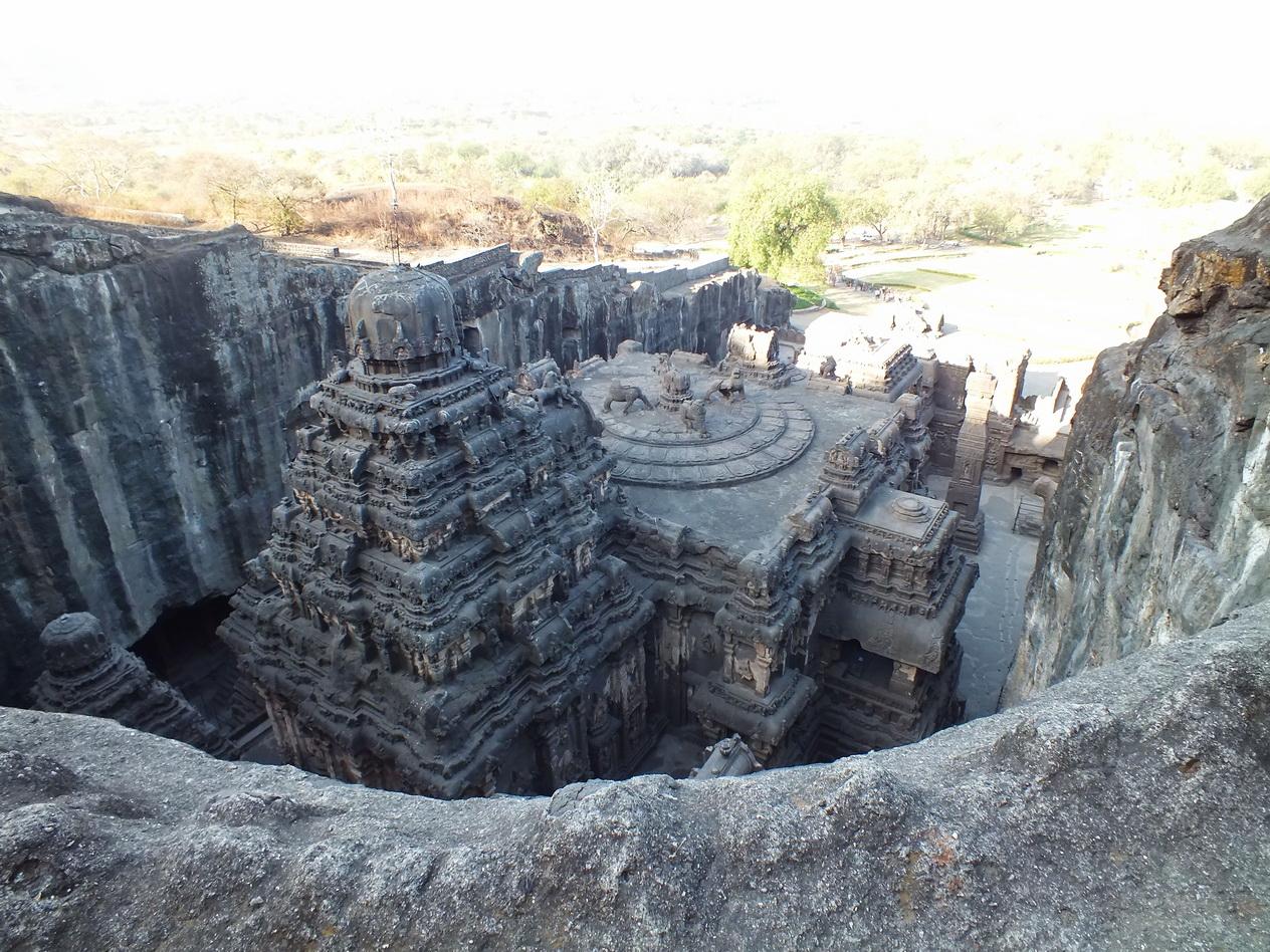OM TAT SAT: Kailasa Temple  OM TAT SAT: Kai...