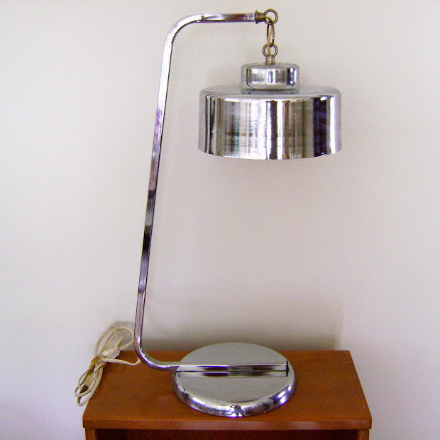 Moderncraze Post Modern Chrome Desk Lamp. Listed
