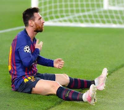 ميسي يخرج من برشلونة