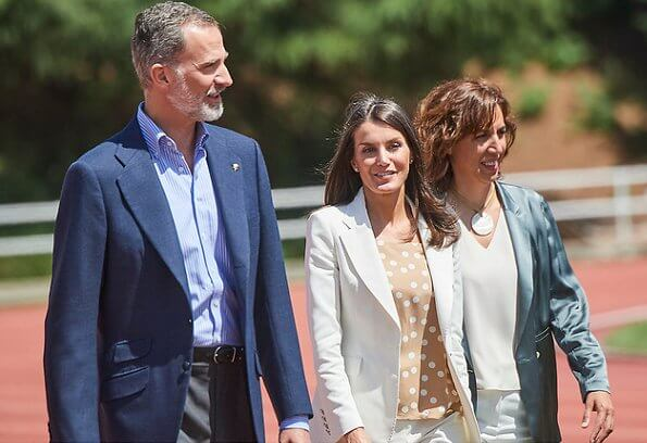 Queen Letizia wore a new blazer and trouser, suit by Carolina Herrera. Queen wore a new polka dot camel blouse by Carolina Herrera