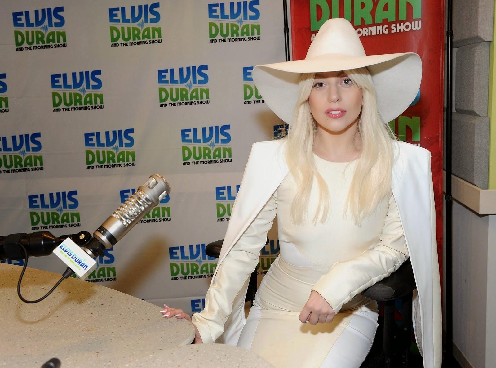 Lady Gaga en el programa Z100 de Elvis Duran