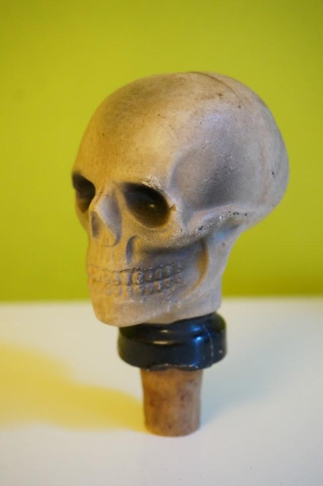 bouchon tête de mort , années 60  60s skull cork 1960s