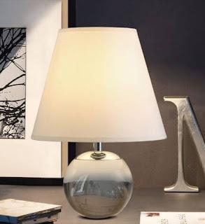 Simple Bedroom Lamp Table Ideas