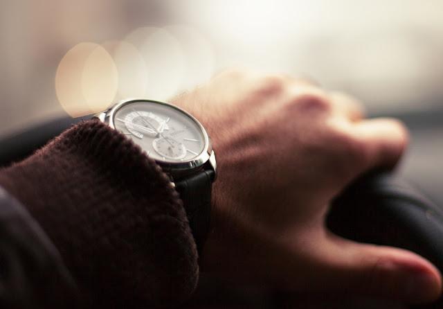Relógio masculino - Reprodução/Web