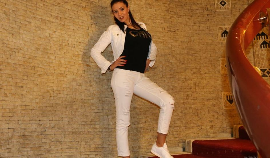 NadinneQueen Model GlamourCams