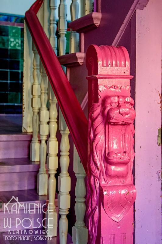 Sopot: drewniane zwieńczenie balustray z lwem